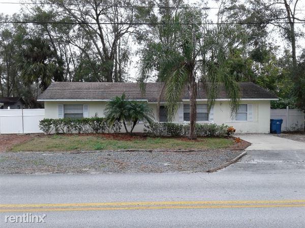 1349 E Wisconsin Ave, Deland, FL
