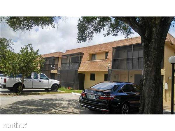 1305 S Flagler Ave, Pompano Beach, FL