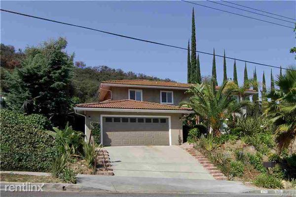 3771 Eddingham Ave, Calabasas, CA