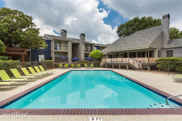 501 Davis Road, League City, TX