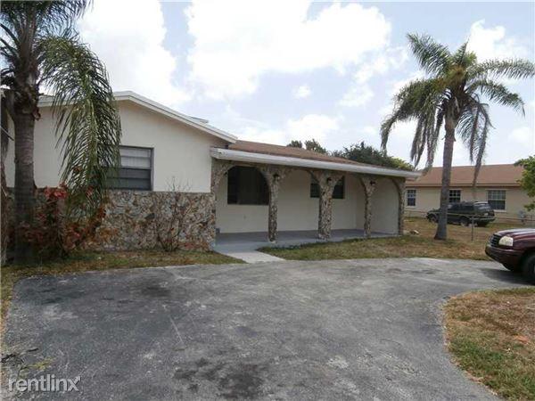 5745 Sw 18th St, West Park, FL