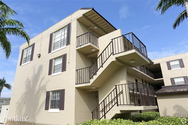 7400 Stirling Rd, Hollywood, FL