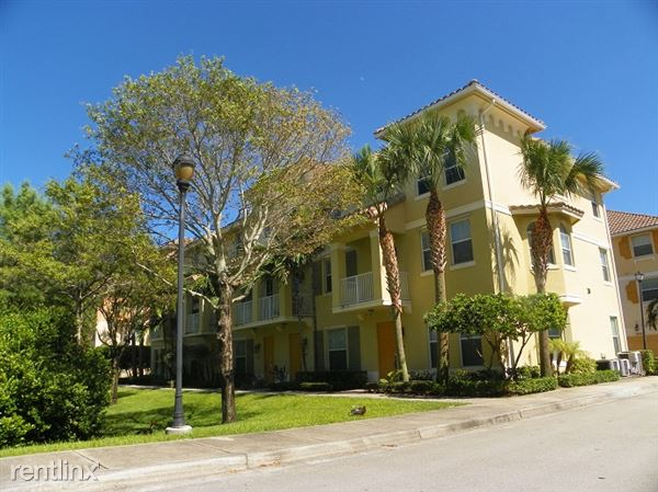 1541 Via De Pepi, Boynton Beach, FL