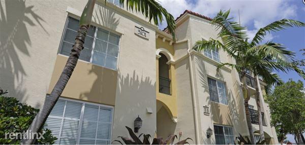 2586 Centergate Dr, Miramar, FL