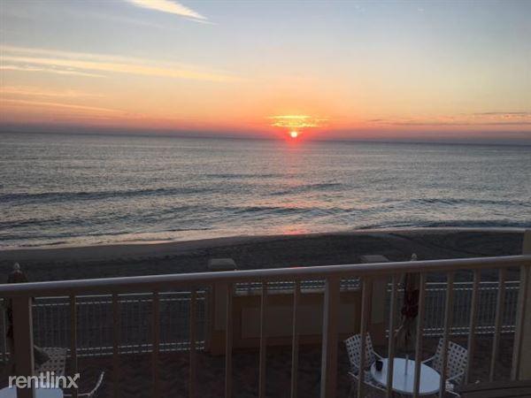 4511 S Ocean Blvd Apt 107, Highland Beach, FL