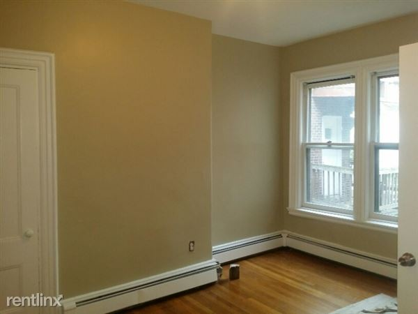 317 Spruce St # 2, Chelsea, MA