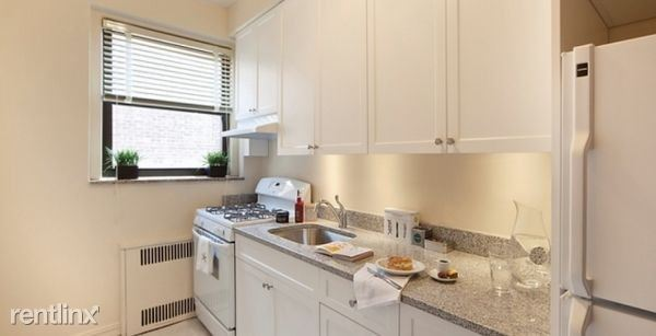 64-20 Saunders St #206, Queens, NY