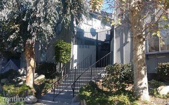 9342 Van Nuys Blvd Unit 26, Panorama City, CA