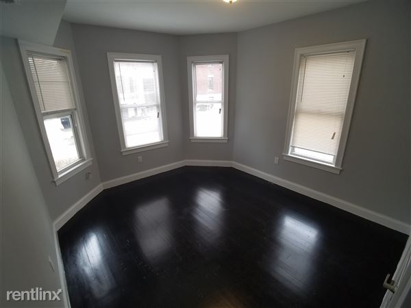 43 Saint Paul St Apt 1, Brookline, MA