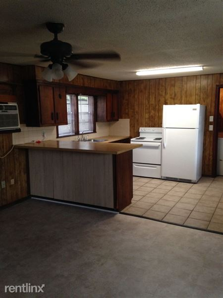 308 Rodenberg Ave Apt A, Biloxi, MS