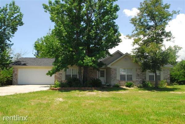 10355 Pin Oak Dr, Biloxi, MS