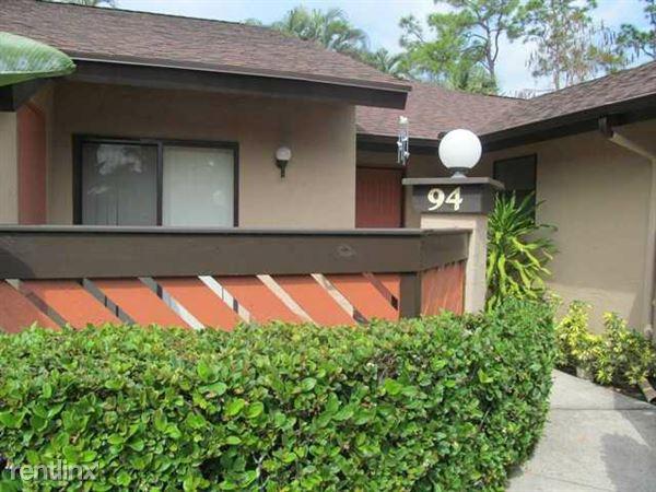 94 Rose Bay Ct, Royal Palm Beach, FL