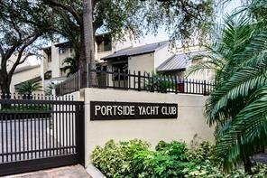 22 Port Side Dr, Fort Lauderdale, FL