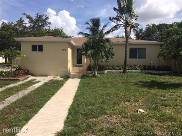 805 Ne 138th St # 805, North Miami, FL