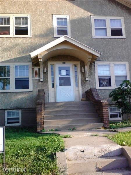 264 College St Se, Valley City, ND