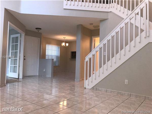 827 Garnet Cir # 1, Weston, FL