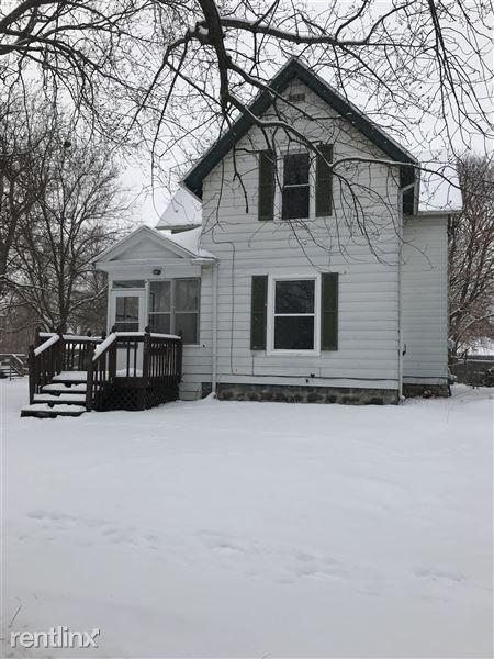 526 N State St, Jackson, MI