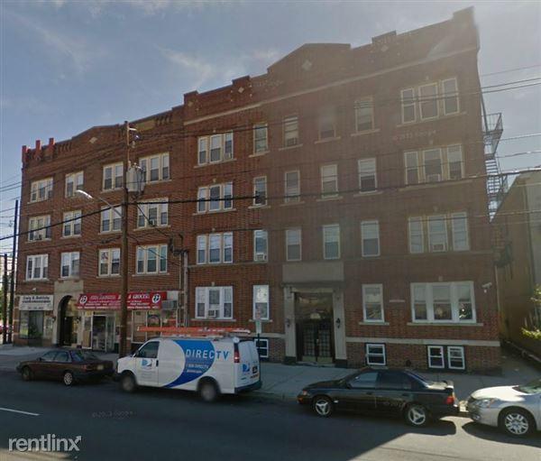 1200 Kennedy Blvd, Bayonne, NJ