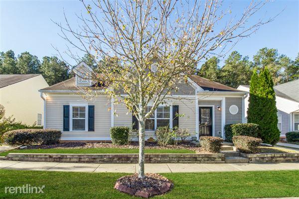 3735 Pine Village Place, Loganville, GA