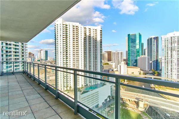 92 Sw 3rd St # 2622, Miami, FL