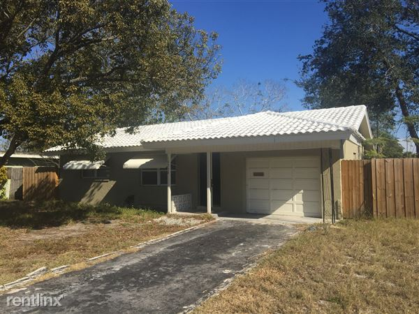 10538 Azalea Dr, Port Richey, FL