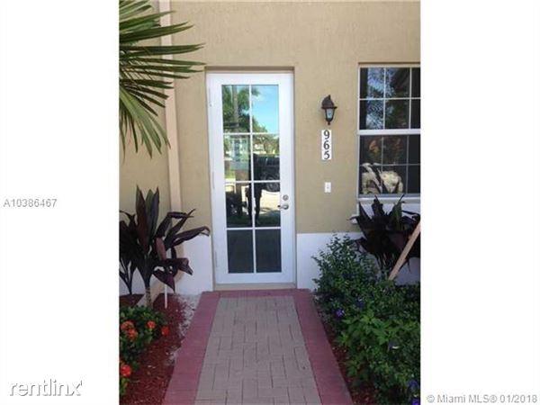 965 Sw 147th Ave # 2504, Pembroke Pines, FL