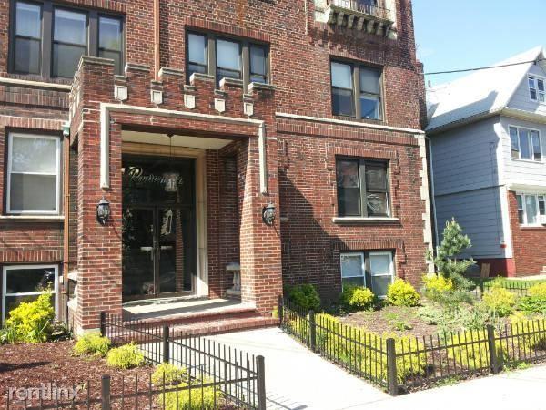 92-94 W 34th St, Bayonne, NJ