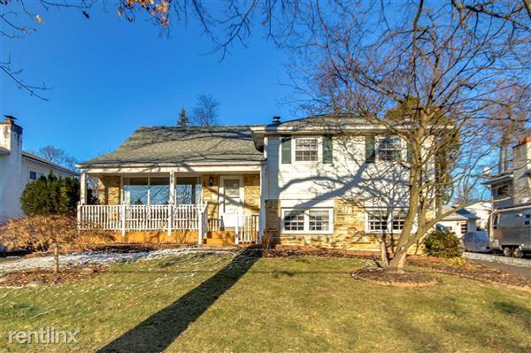 58 Home Rd, Hatboro, PA