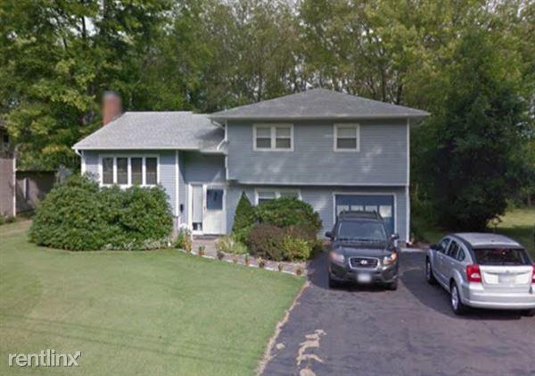 12 Greenbrier Drive, West Hartford, CT