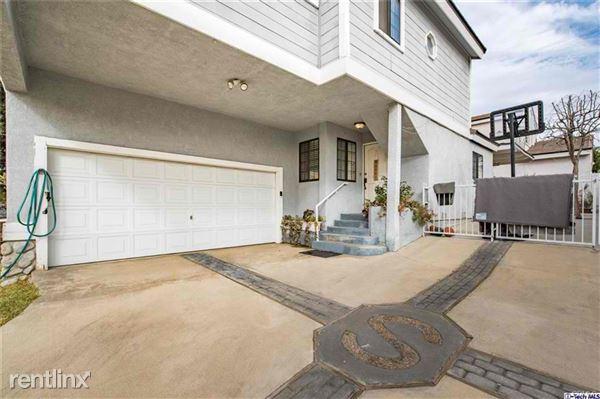 2527 Piedmont Ave, Montrose, CA