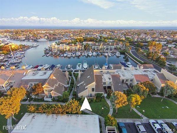 3892 Montego Dr, Huntington Beach, CA
