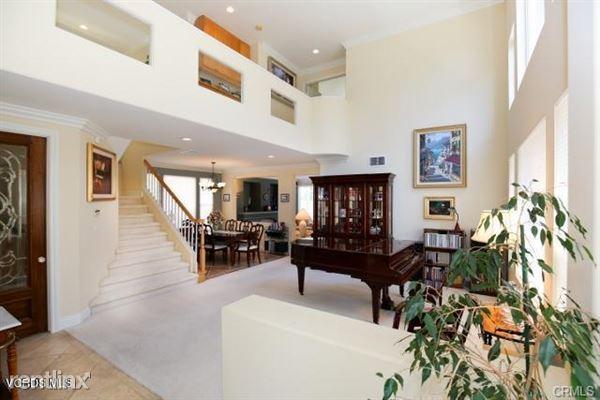 3185 White Cedar Pl, Thousand Oaks, CA