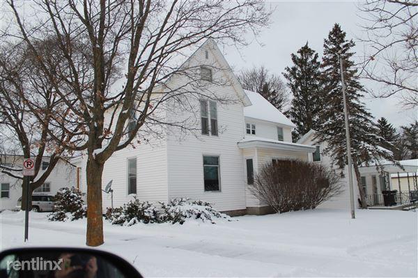 301 N Warren Ave, Big Rapids, MI