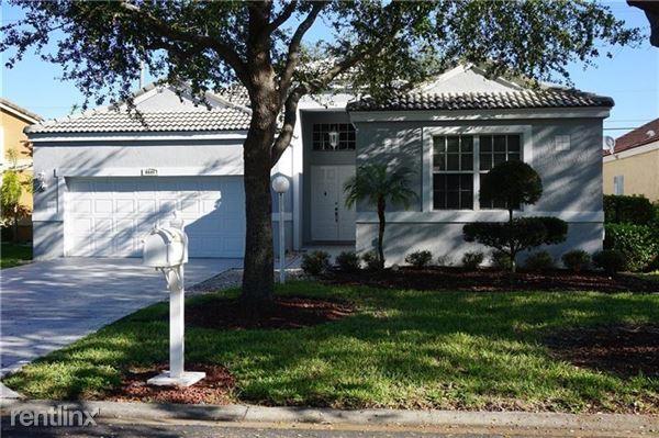 6841 Nw 81st Ct, Parkland, FL