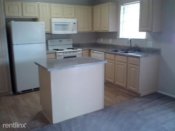 530 Bedford Rd, Bedford, TX