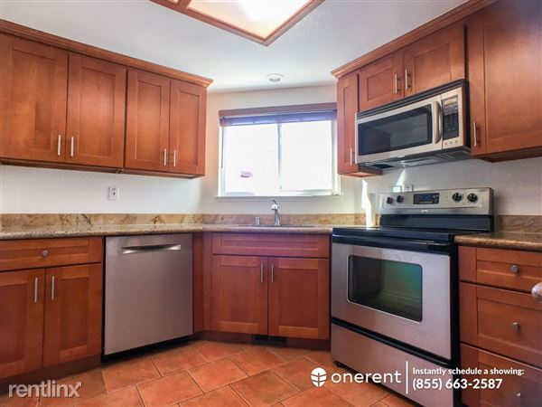 15 Commons Ln, Foster City, CA