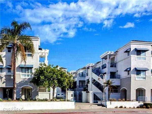 2600 Newport Blvd Apt 214, Newport Beach, CA