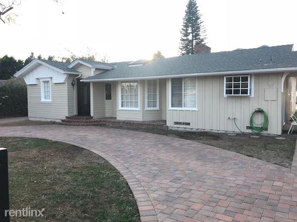 10041 White Oak Ave, Northridge, CA