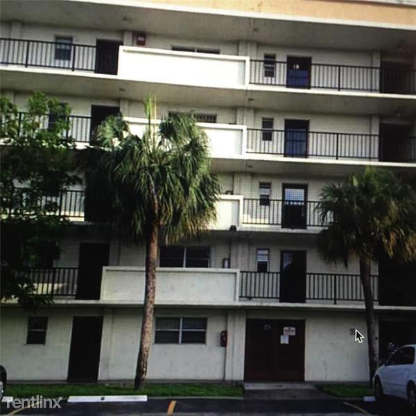 220 Sw 9th Ave Apt 405, Hallandale Beach, FL