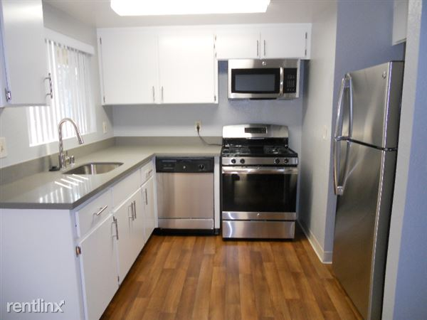 570 S. Rengstorff Avenue, Latham 61, Mountain View, CA