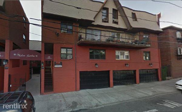 137 36th St, Union City, NJ