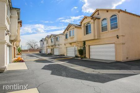 2368 Austinbrook Ct, Lomita, CA