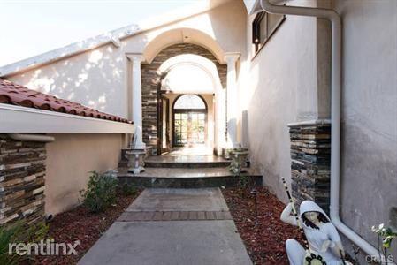 6857 Crest Rd, Rancho Palos Verdes, CA