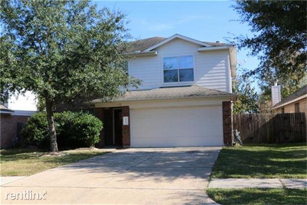32315 Golden Oak Park Ln, Conroe, TX