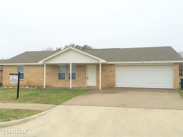 306 Kathy Lane, Granbury, TX