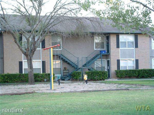 1565 N Business Ih 35, New Braunfels, TX