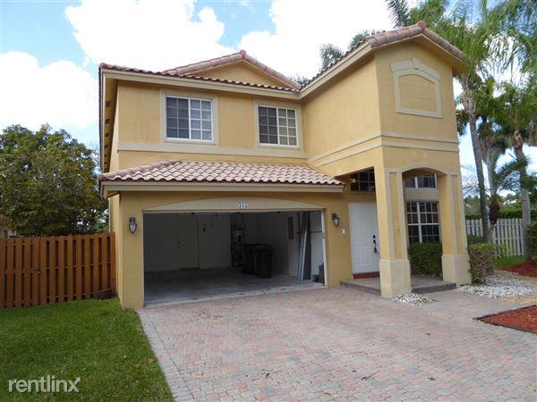 315 Vista Verdi Rd, Davie, FL