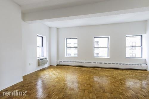 360 West 34th Street 4r, New York City, NY
