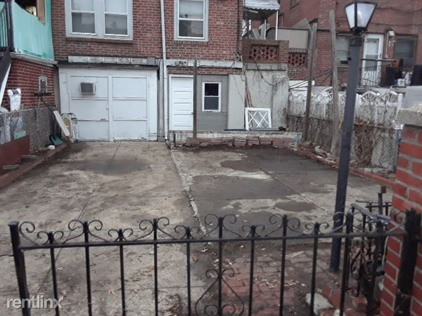 82 Street And Eliot Avenue, Middle Village, NY