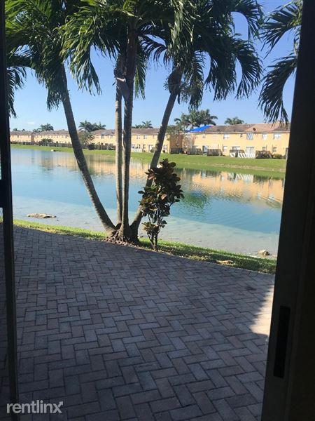 1084 Ne 42nd Ter, Homestead, FL